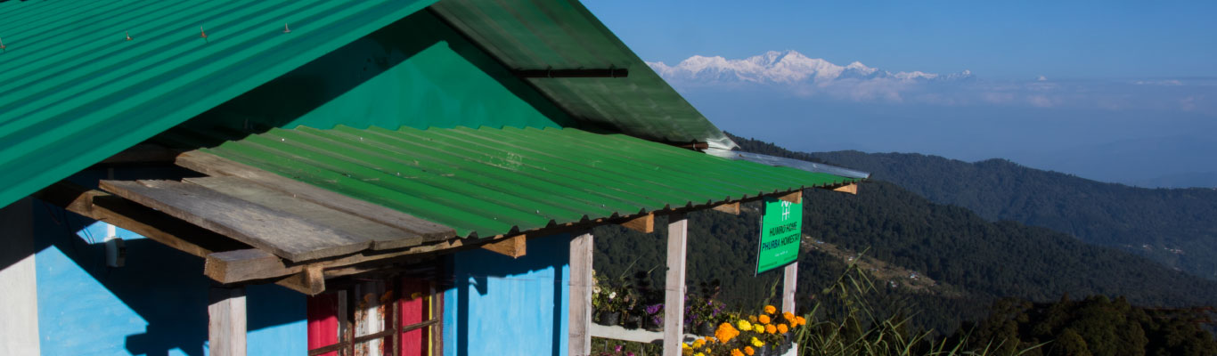 Humro Home Phurba Homestay with Kanchenjunga in the Background